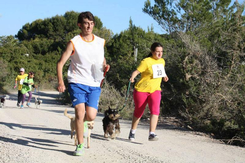 """17 de febrero 2013 """"segunda edición CaniCross en Sant Jordi"""" en esta ocasión han participados jóvenes con problemas de discapacidad"""